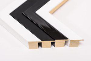Tiskárna AKORD Chomutov - černo bílé rámy